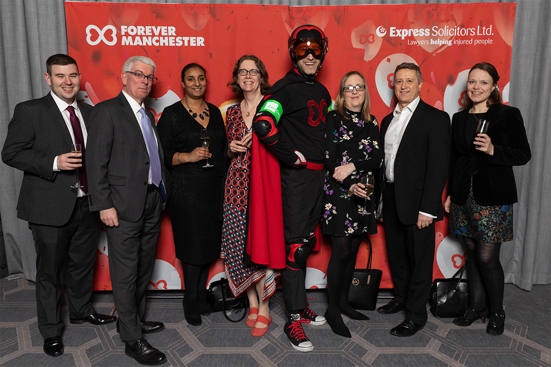 The 9 Lives Committee members were delighted to support the Forever Manchester 30th Annual Birthday Dinner on Friday 7 February 2020 held at the Palace Hotel in Manchester